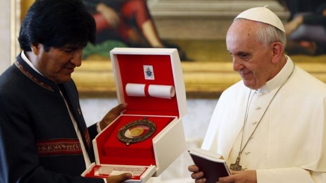 Imágen de El Papa Francisco y Evo Morales compartieron una cena